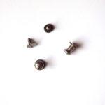 Sedlářský knoflík 6 mm - Černý nikl